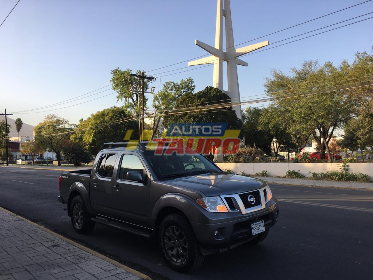 NISSAN FRONTIER PRO-4X 2017 A/T